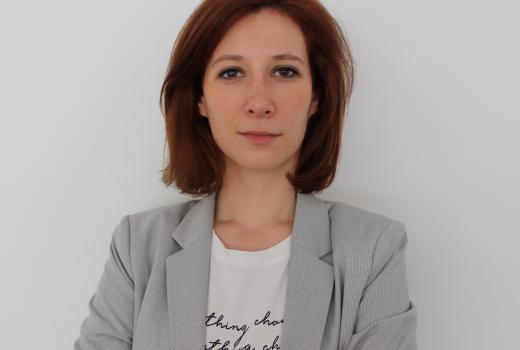 Nakon oduzimanja telefona zbog fotografisanja sina predsjednika Srbije, novinarka KRIK-a ne očekuje pokretanje istrage