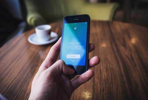 Twitter uvodi notifikacije za udarne vijesti