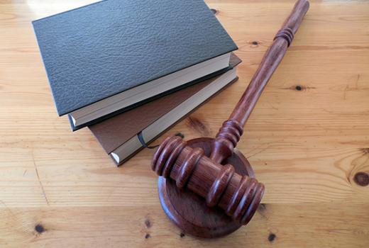 Mediji i pravosuđe: Saveznici ili suparnici?