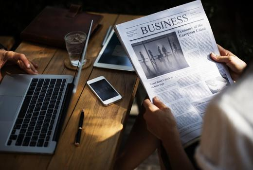 Izvještaj: Povjerenje u društvene mreže opada, u tradicionalne medije raste