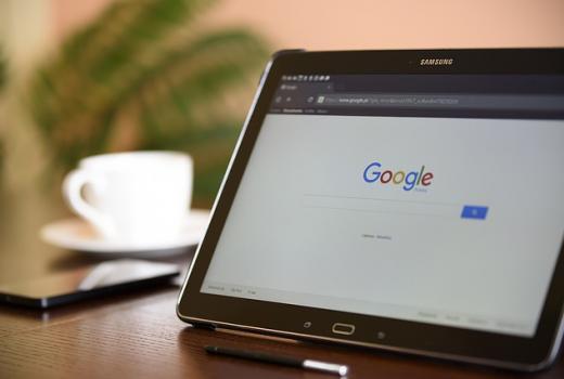 EU: Google i Facebook će morati plaćati za preuzimanje vijesti?