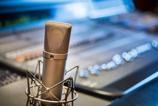 NUNS: Fizički napadnut radijski novinar u Novom Sadu