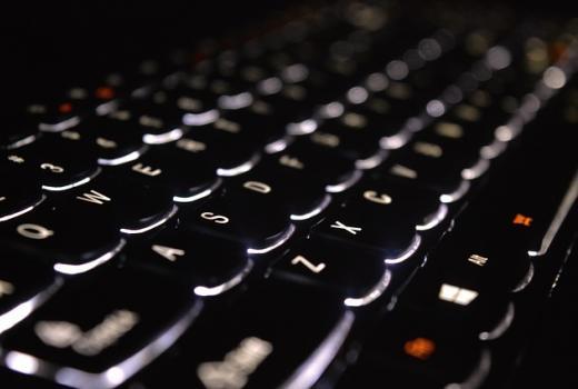 Organizacije za slobodu štampe pokreću web sajt za praćenje kršenja medijskih sloboda u SAD-u