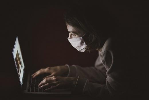 Nepromišljene odluke Vlade Srbije o informisanju u vrijeme pandemije korona virusa