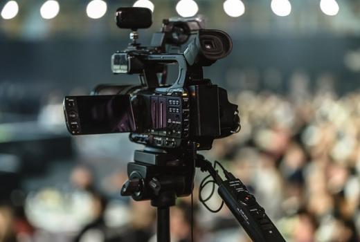 Lokalne vlasti i pored postojanja javnih medija finansiraju privatne