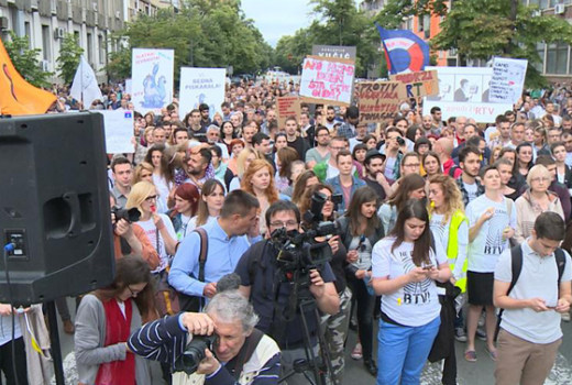 """Protest """"Podrži RTV"""" treći put u Novom Sadu"""