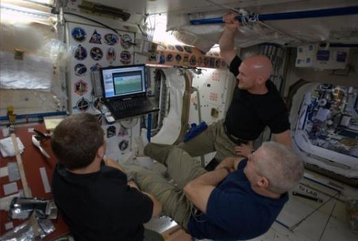 nasa astronauti gledaju svjetsko prvenstvo u fudbalu