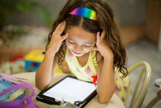 Acquiring of media literacy should start at an early age