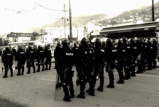 Žurnal nudi dokazni materijal o uzročnicima demonstracija