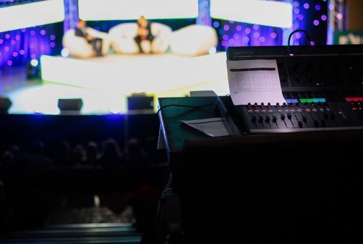 Mediji spremni za kampanju, javni servisi odustali od debata