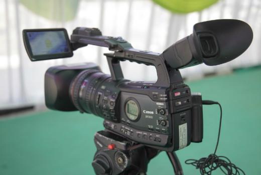 Kriteriji finansiranja medija: slabo regulirani, neadekvatni ili nepostojeći