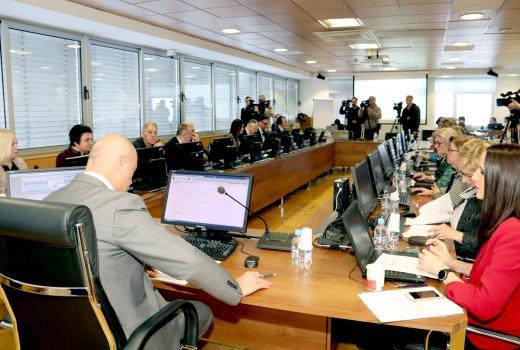 BH novinari: Nedopustivo je uskraćivanje informacija nakon sjednice VSTV-a