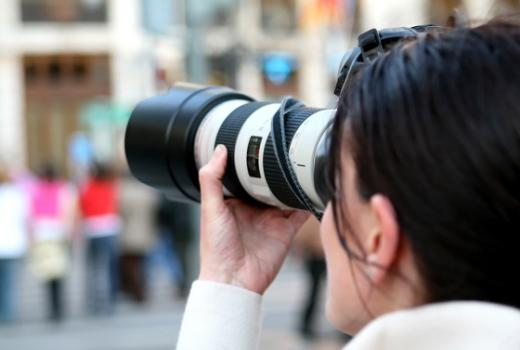 Fotoreporterke u bh. medijima su rijetke, a fotografija u medijima obezvrijeđena