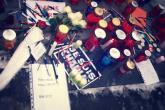 Svijeće i olovke u čast ubijenim novinarima i policajcima