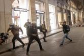 """Novinari koji izvještavaju sa protesta protiv """"zelenih pasoša"""" u Italiji izloženi nasilju"""